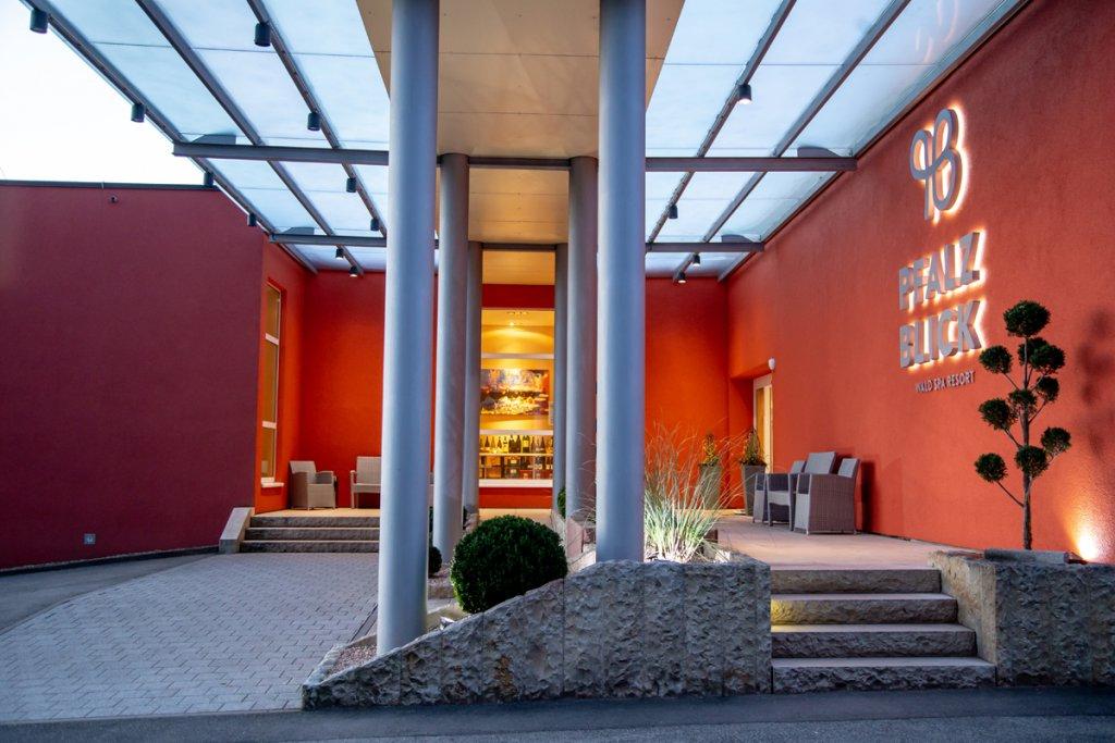 Das 4*S Wellnesshotel in der Pfalz - PFALZBLICK WALD SPA ...